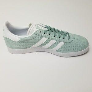 New Women's Adidas Gazelle Mint Green US 9